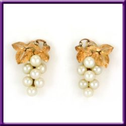 Pearl 10k Gold Earrings Grape Cluster Screw Back Vintage